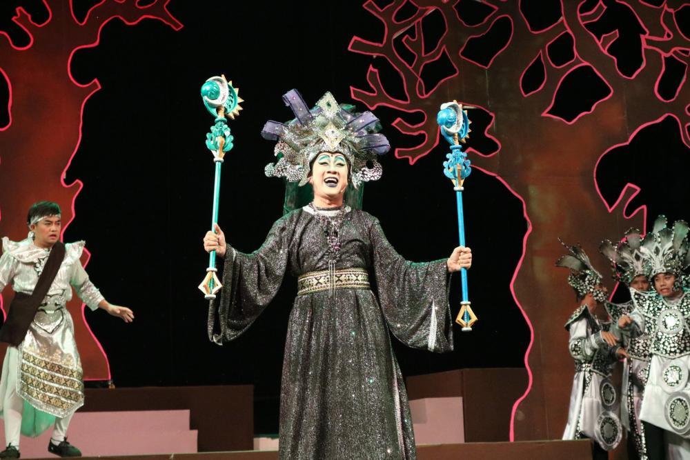 """Khán giả nhí háo hức xem Thành Lộc, Hữu Châu tung hứng trong """"Hoàng tử - Công chúa và 9 vị thần… bị bắt"""""""
